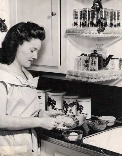 Living a Vintage Life - Living Like the Past - gDonna's ...