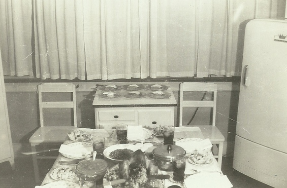 A Peek Inside 1940s And 1950s Living Like The Past Gdonna S