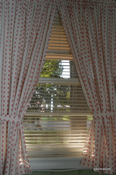 I Made These Curtains Yesterday For Our Laundry Area Do Not Like Store Bought Because The Selection Is Just Plain Found Some Fabric That