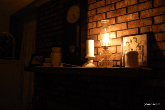 How to use an oil lamp with update - Living Like the Past ...